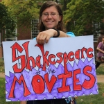 "Danielle Fatzinger gathers first year students for the ""Shakespeare at the Movies"" FYS"