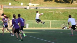 McDaniel Ultimate Frisbee bridges the gap between student organizations and intramurals, despite being solely a student organization. Photo courtesy McDaniel Ultimate Frisbee.
