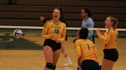 Lauren Wells celebrates a point. Photo by Atticus Rice.