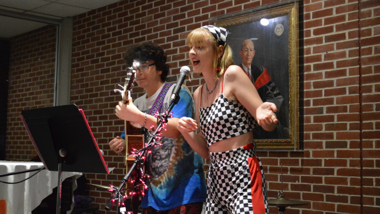 Jake Fine and Rachel Gunnerson performed at PSU's coffee house in Ensor Lounge on Oct. 31. (Shaquille Tairellil / McDaniel Free Press).