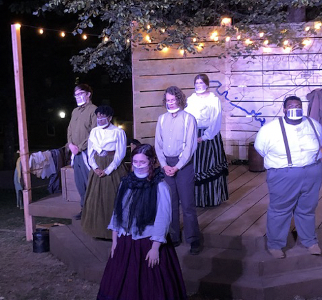 The performance was conducted on the pop-up stage (Syd Hinnant / McDaniel Free Press).